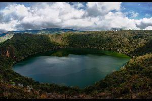 guatavita el lago colombiano coque guarda un secreto de oro leyenda el dorado en bogota y muiscas