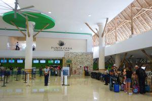 Une piscine à l'aéroport de Punta Cana