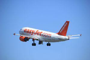 vuelos easyjet nueva formula facturacion hands free