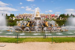 Últimos días del año para ver prendidas las fuentes del Palacio de Versalles