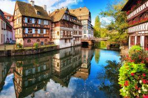 insolito el viaje de jean yves bart para fotografiar los estrasburgo de todo el mundo exposiciones