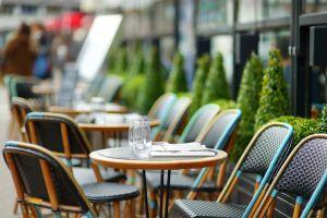 Airbnb claim 6.5 billion dollar boost for restaurants