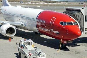 Norwegian relie Londres et Singapour