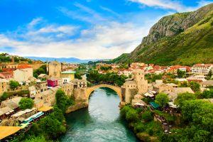 Reisen Sie in Europas unbekannte Städte