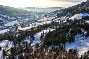 Erlebe dein Wintermärchen in der Tiroler Zugspitz Arena