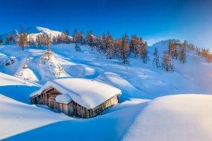 Hohe Lawinengefahr und geschlossene Skigebiete