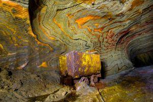 Una mina de sal abandonada con aspecto psicodélico en Rusia