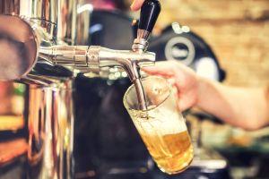 Bain de bière en Islande