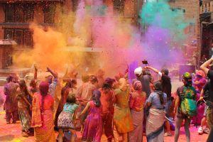 Holi  la fête multicolore en Inde