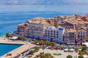 Diese Meeresstadt Griechenlands