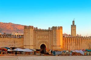 Fès Marocco architetture leccornie atmosfera travolgente dei Souk