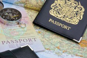 Der neue britische Reisepass wird in Frankreich hergestellt