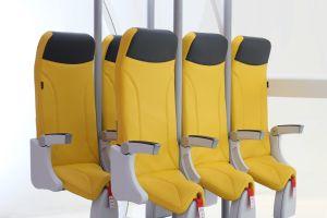 De nouveaux sièges d'avion pour voyager... debout?