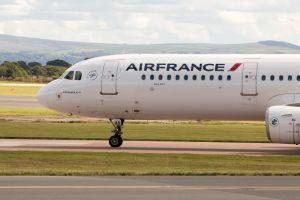 Air France shares drop as strikes continue