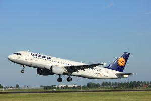 Neues Logo für Lufthansa