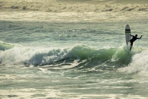 mejores destinos europeos practicar surf