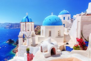 Beautiful Greek islands that you have to visit this year