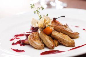 Ein mit einem Michelin-Stern ausgezeichneter Gastronom hat veganes Faux Gras kreiert