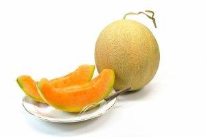 Vente record pour deux melons Yubari au Japon !