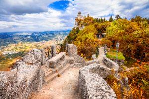 San Marino monumento shintoista