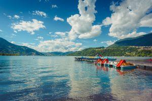 Sotto sole belle località spiagge lago Italia
