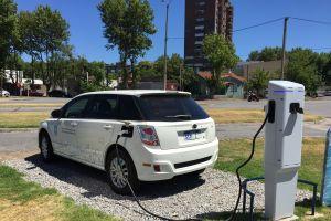 Uruguay presenta la primera ruta para vehículos eléctricos de Latinoamérica