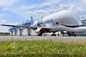 Premier vol du Beluga XL