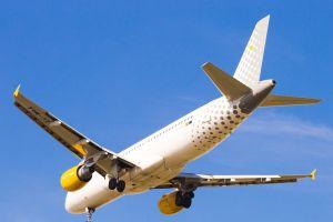 vueling aumenta capacidad rutas desde andalucia con destino baleares y canarias