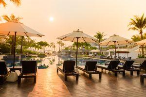 bajada precios hoteles mes de agosto