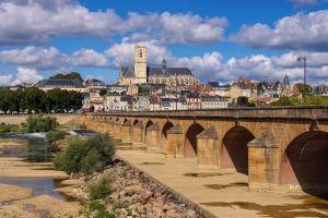 Un village français de seulement 300 personnes mais provenant de 14 pays différents !