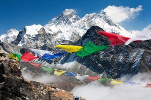 Les 30 plus hauts sommets du monde