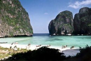 """La baie du film """" La Plage """" restera fermée en Thaïlande"""