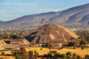 Un passage secret découvert dans une pyramide mexicaine