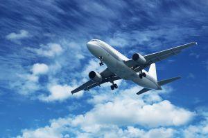 Un avion en direction de Mayotte fait demi-tour parce que son pare-brise s'est fêlé