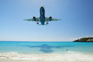 Air Caraïbes célèbre son 15eme anniversaire en plein vol avec ses passagers