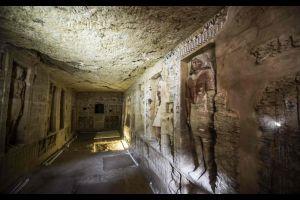 """Égypte : découverte d'une tombe """"exceptionnellement conservée"""" de plus de 4400 ans"""