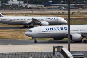 Deux pilotes de la compagnie United Airlines arrêtés en état d'ébriété