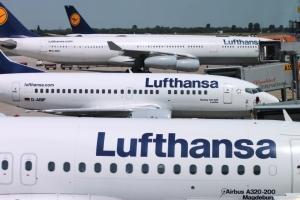 Lufthansa lance une application pour compenser ses émissions de CO2 en avion