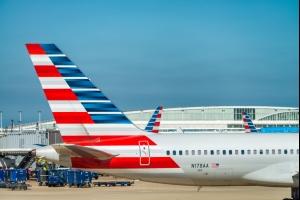 Ouragan Dorian  les aéroports des Bahamas et de Floride en alerte