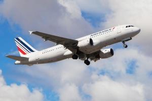 Air France compense ses émissions de CO2 sur ses vols intérieurs