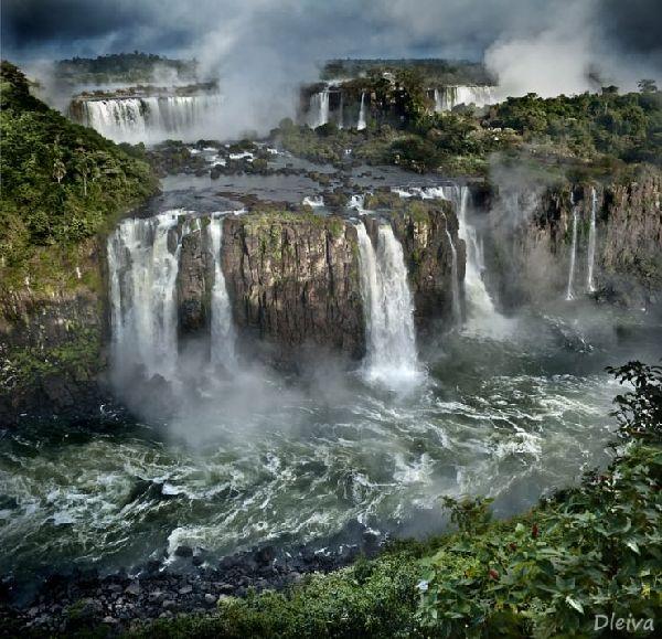 Resultado de imagem para iguazu falls