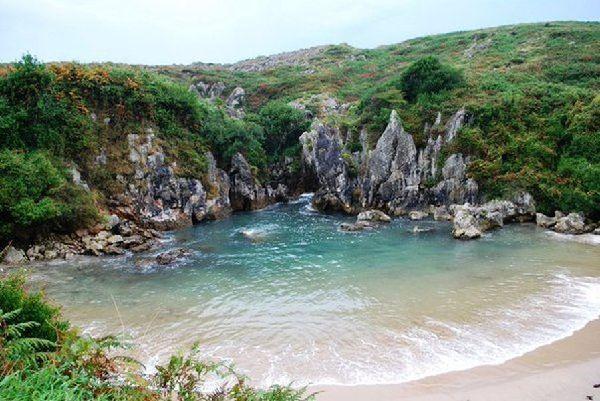 Las mejores piscinas naturales de espa a easyviajar for Mejores piscinas naturales madrid