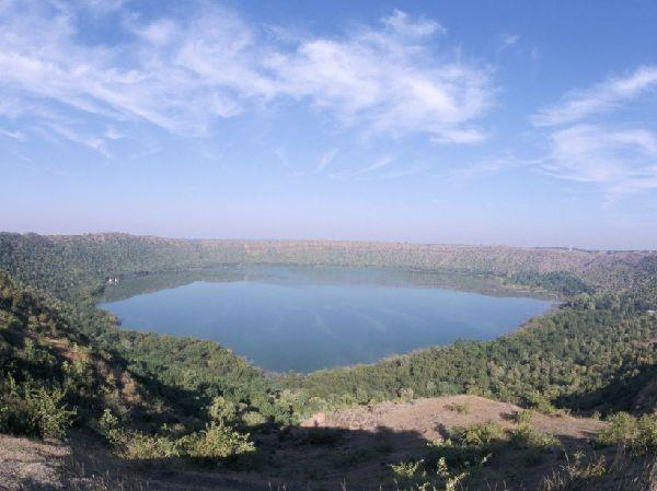Le cratère de Lonar en Inde