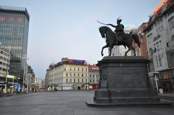 Zagreb y el caballero sediento