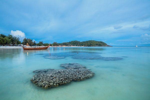 Paradisi tropicali: le 50 isole più belle dell'Asia