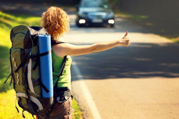 Barcelone express : une course en auto-stop pour gagner un séjour autour du monde !