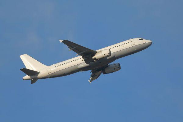 Actualización de la lista negra aerolíneas: 185 aerolíneas prohibidas en la Unión Europea