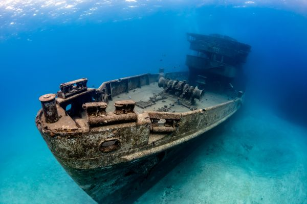 10 Enchanting Underwater Wrecks That You Have To See