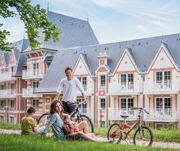 Plongez dans l'ambiance Belle Époque au B'O Cottage de Bagnoles de l'Orne