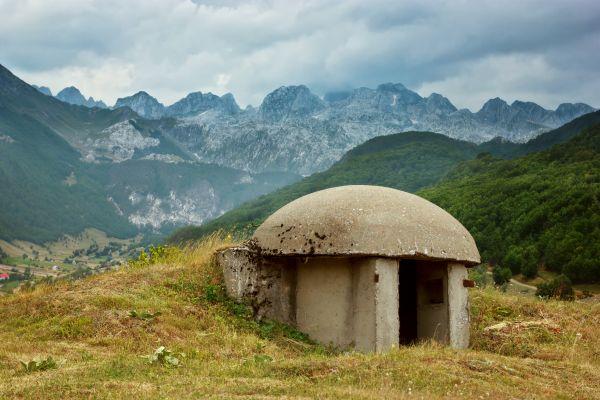 Albanien - zwischen Bunkern und Bergen